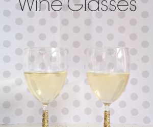 DIY: Glittered Wine Glasses