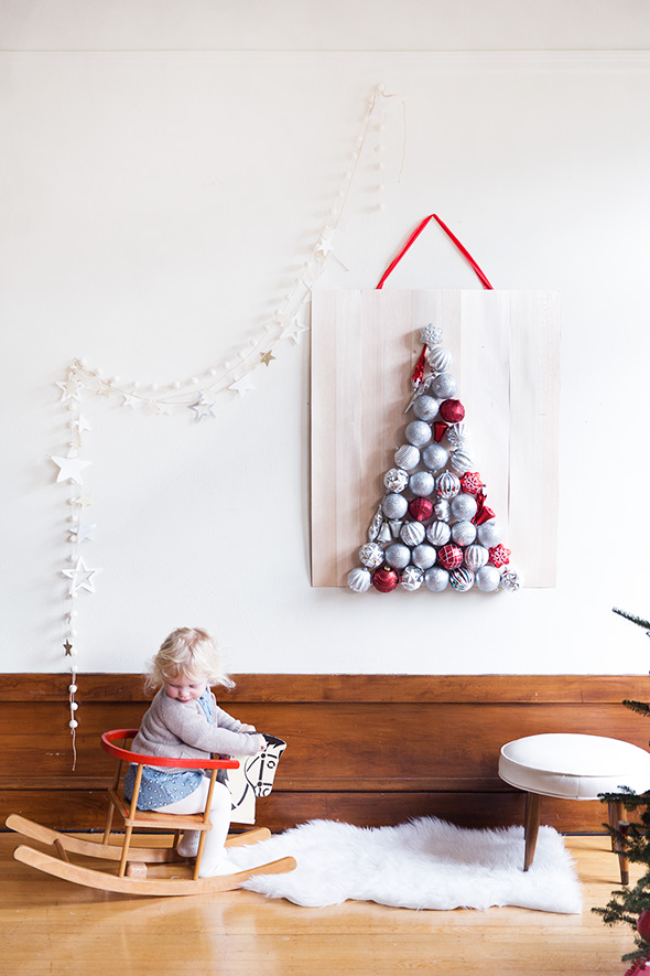 Hanging Mini Christmas Tree