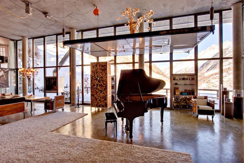 Heinz Julien Loft Klavier im Wohnzimmer