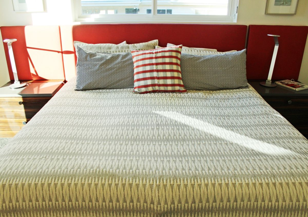 How to Make a Bed - for begginers