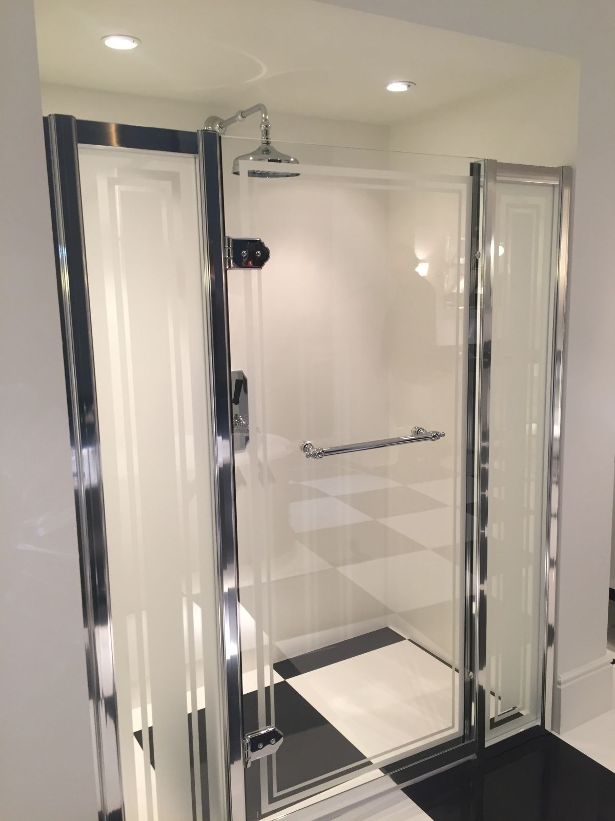 Walk-In Showers: Great Design Cleans Up Nice