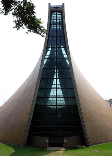 Luce Memorial Chapel Exterior