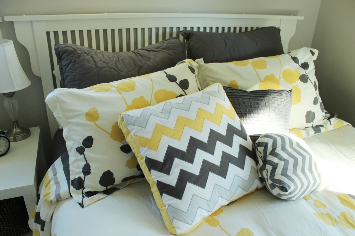 Make a Bed with Mixed Patterns