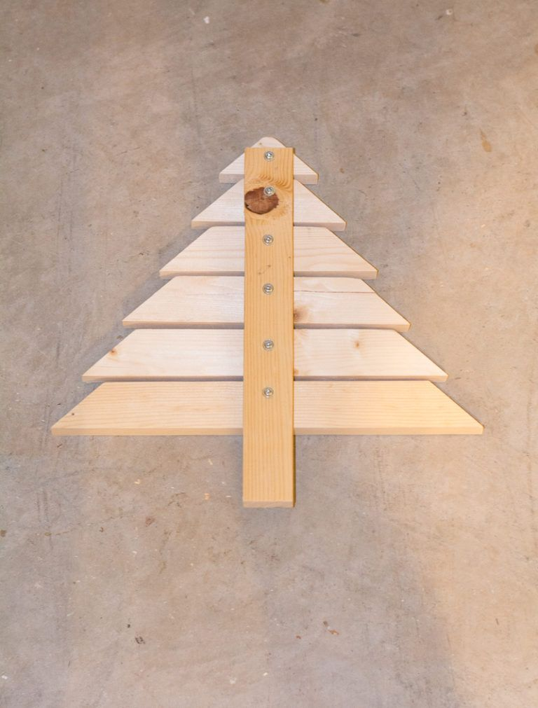 Modern Wood Christmas Tree DIY Built It