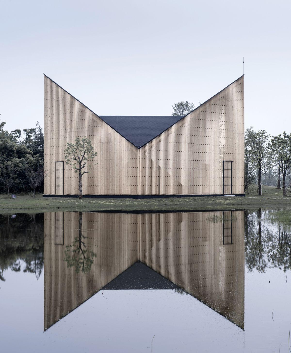 Nanjing Wanjing Garden Chapel Interior