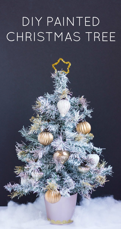 Paint a mini christmas Tree