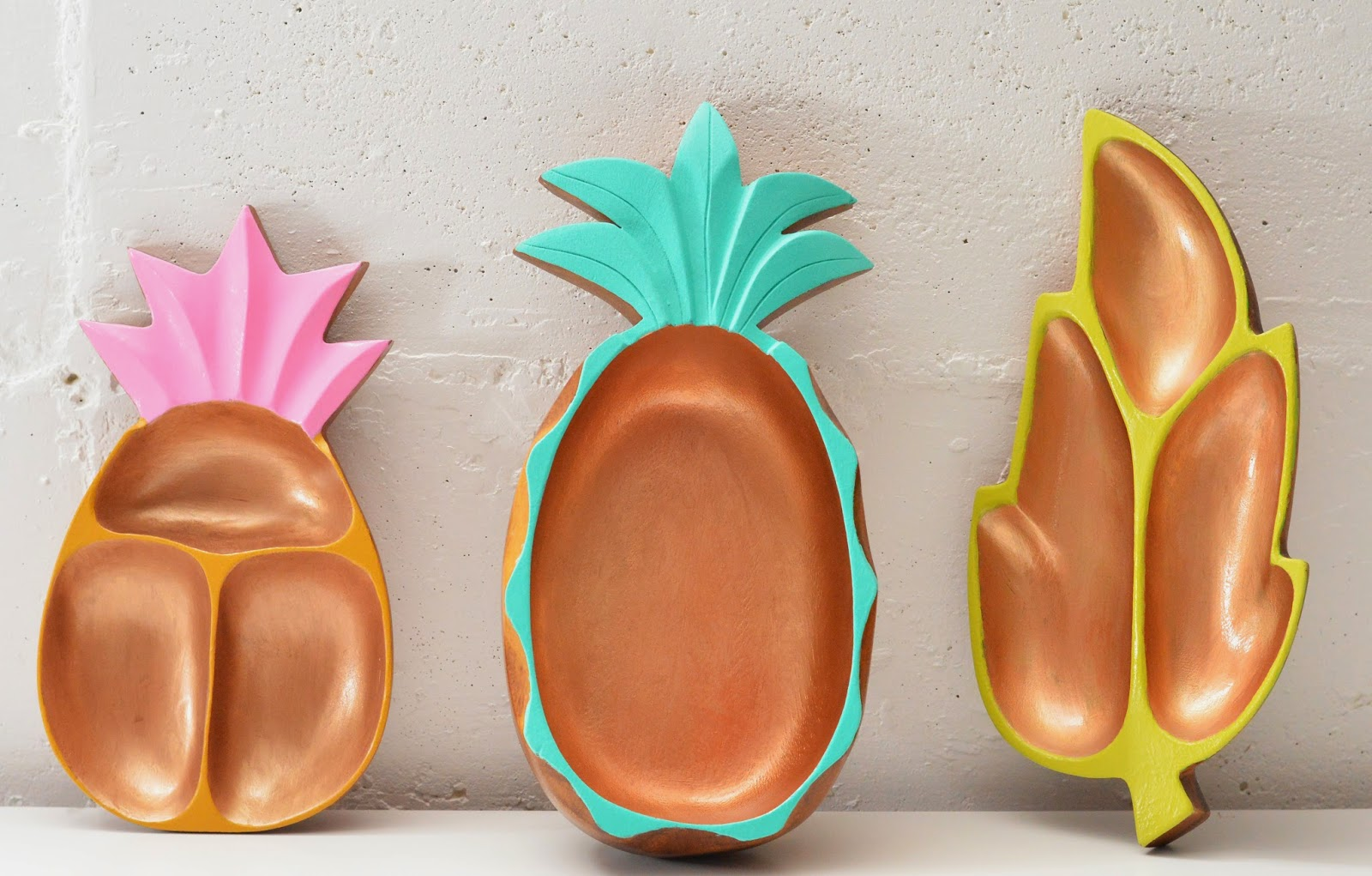 Pineapple Bowl with a mid century style