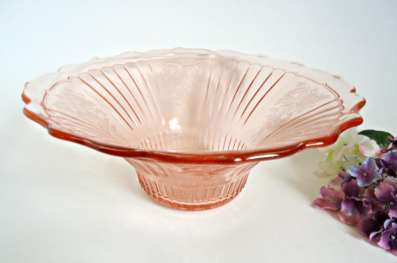 Pink scalloped edge bowl