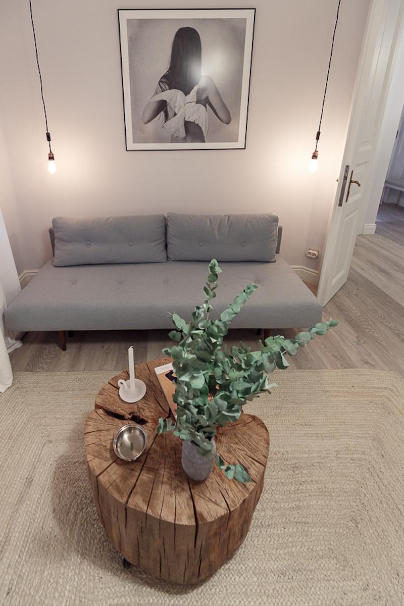 Poem Boem apartment tree stump table