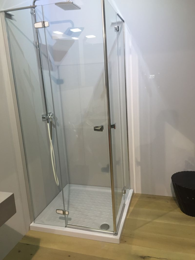 Simple Corner Shower