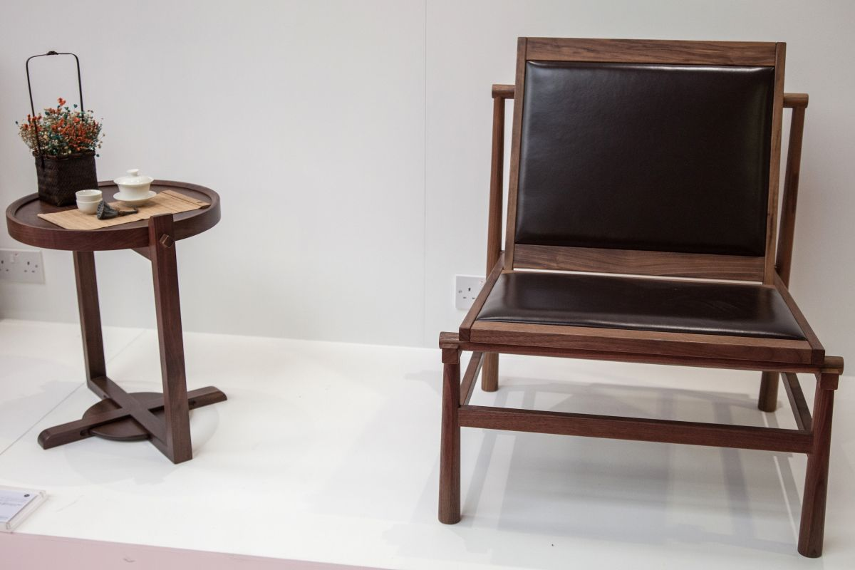 Wood and leather Armless Campaign chair