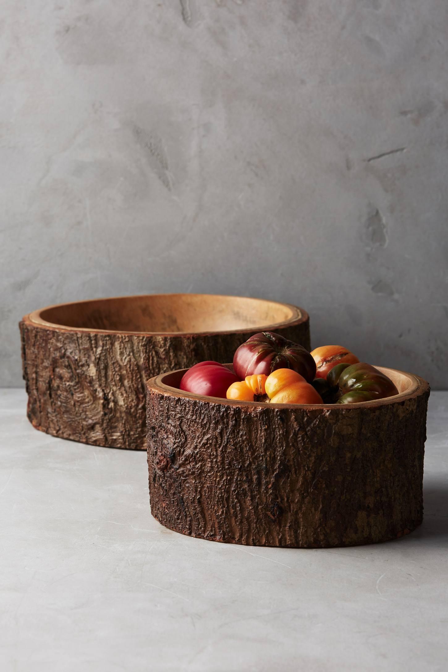 Wood bark lined bowl