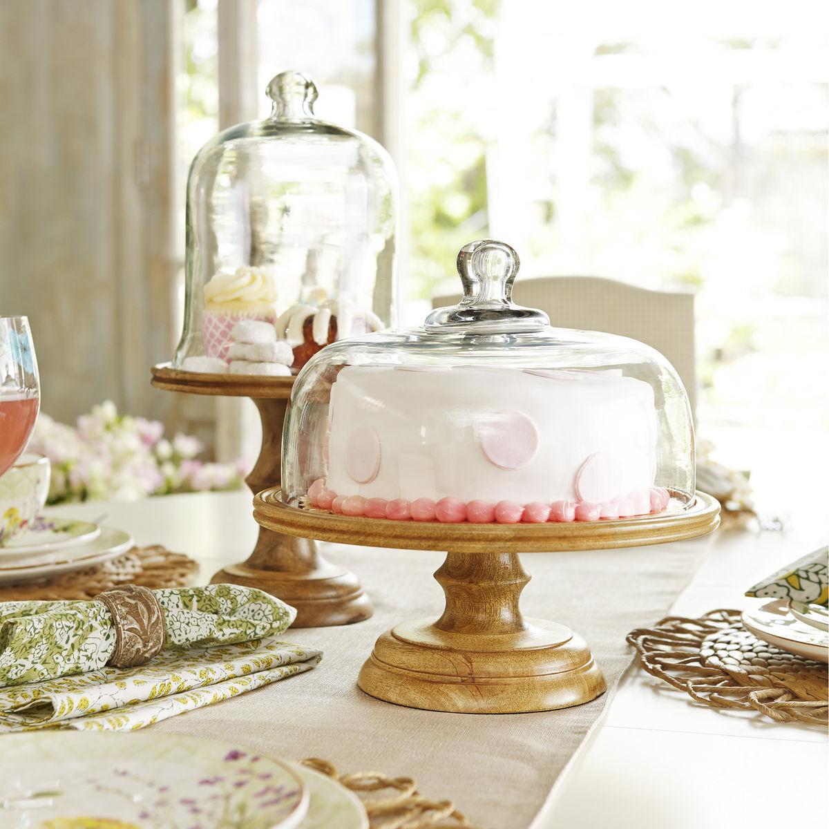 Wood cake cloche
