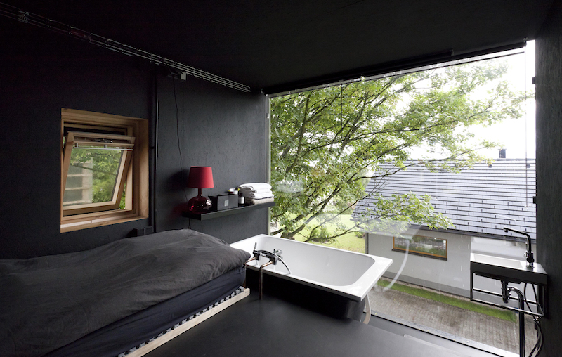 Zen House bed and tub combo