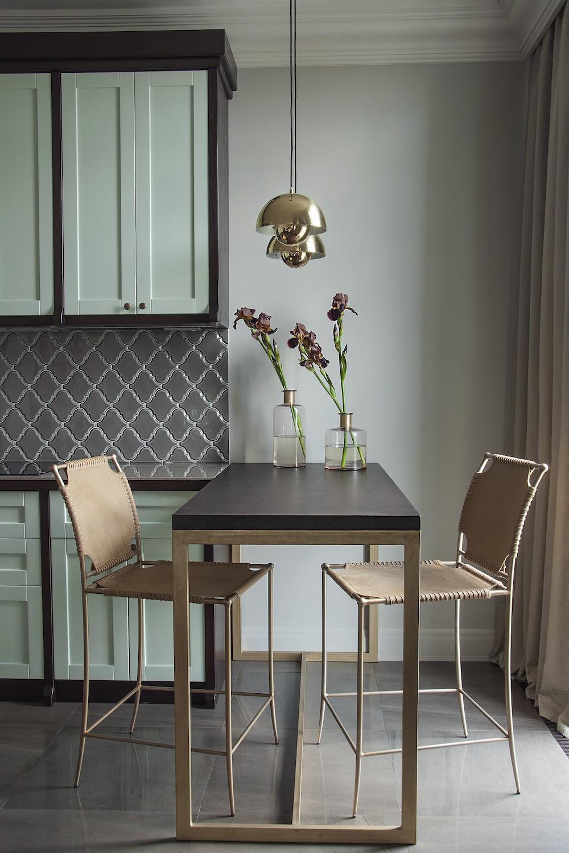 Art decor apartment fold down table