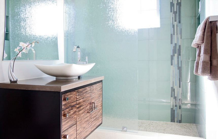 How to use rain glass to make a splash and enhance your d cor - Types of showers for your home ...