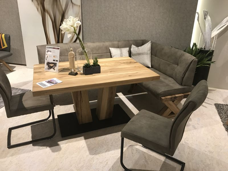 Versatile Dining Table Configurations With Bench Seating