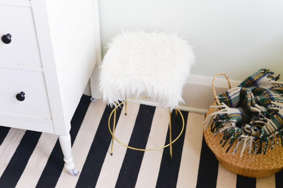 DIY Faux Fur Stool Base