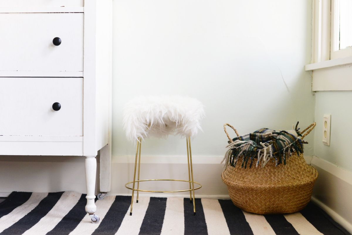 DIY Faux Fur Stool Design