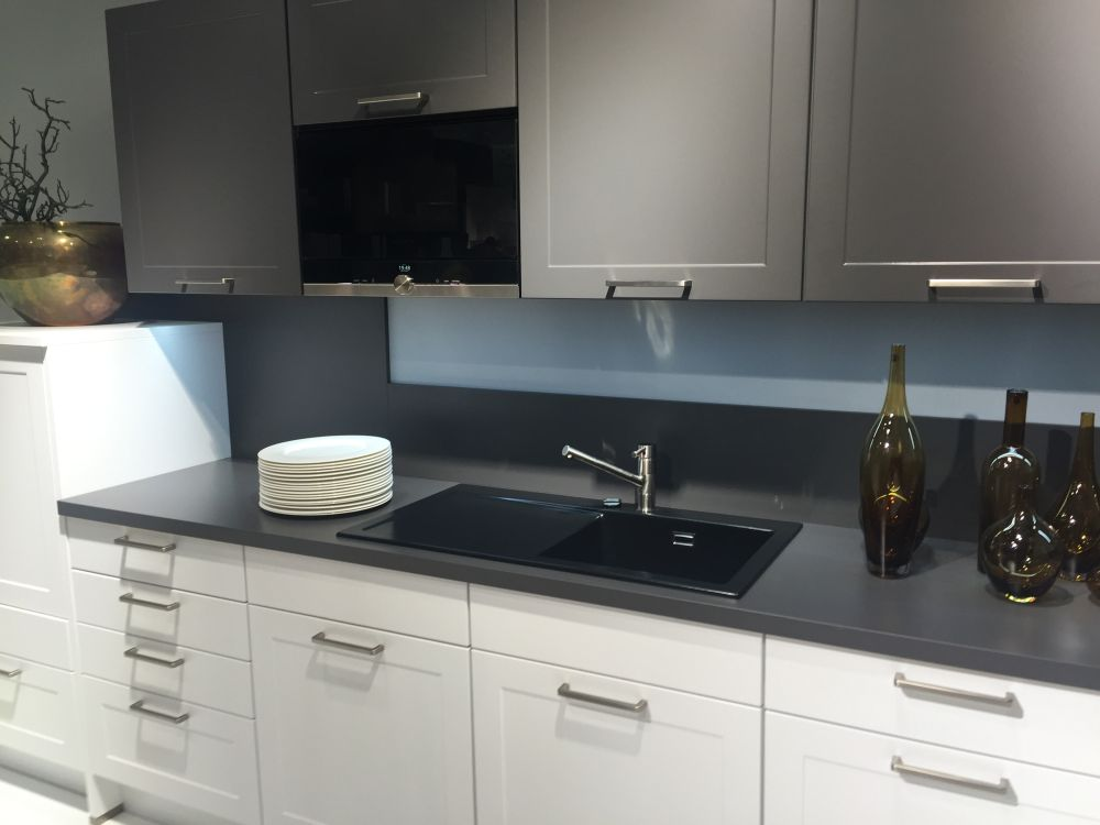 Decorate the kitchen countertop with empty glass