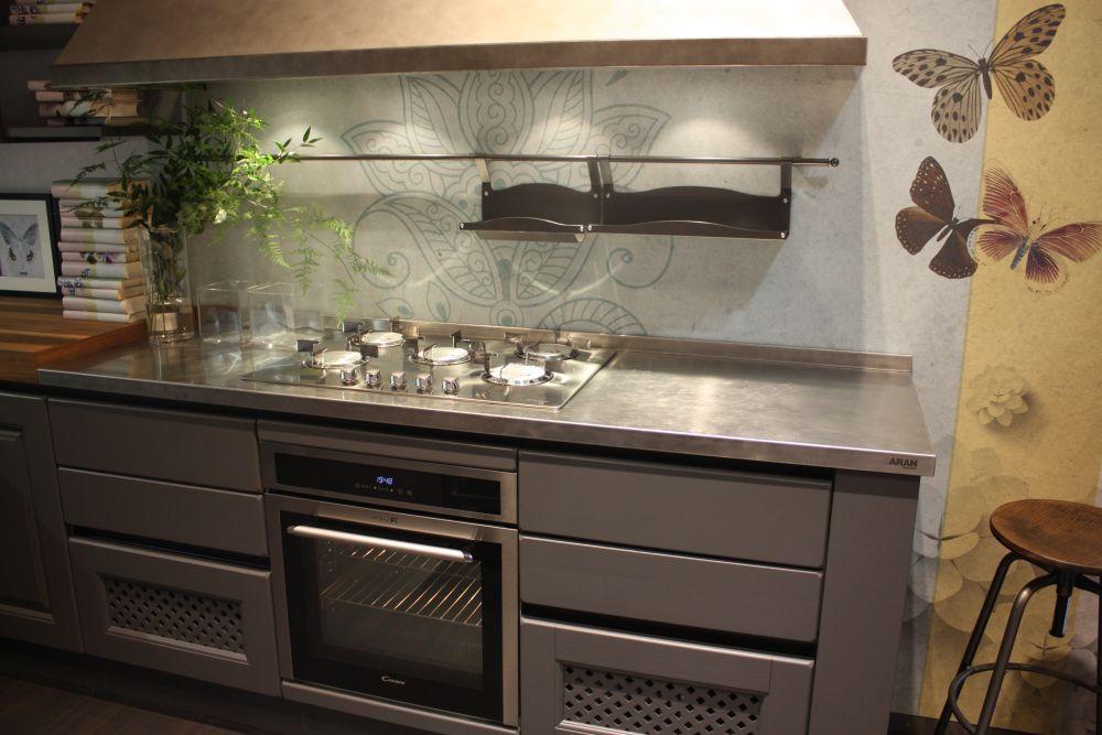 Grey kitchen cabinets design