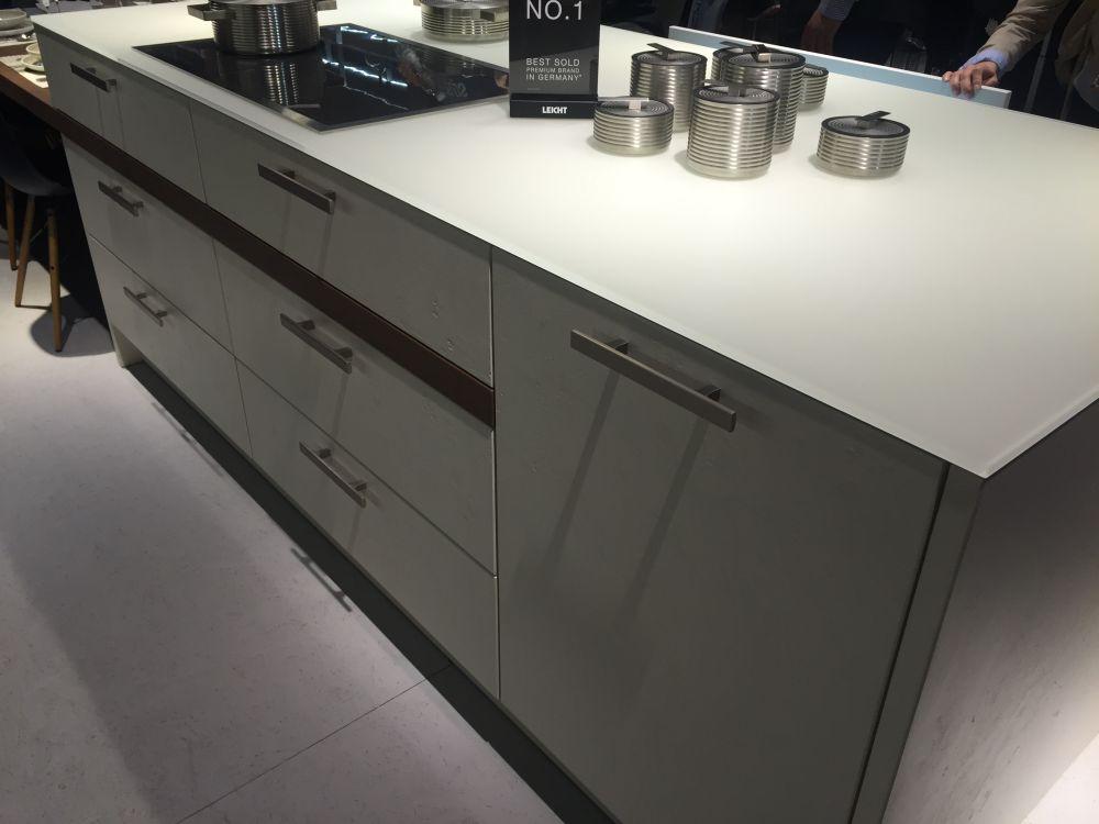 Grey shade kitchen cabinets