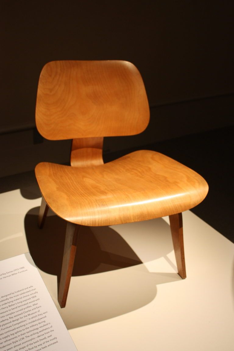 Simple and clean lines are the signature of the Eames' work.