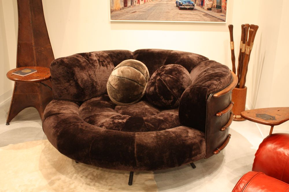 Large round chair