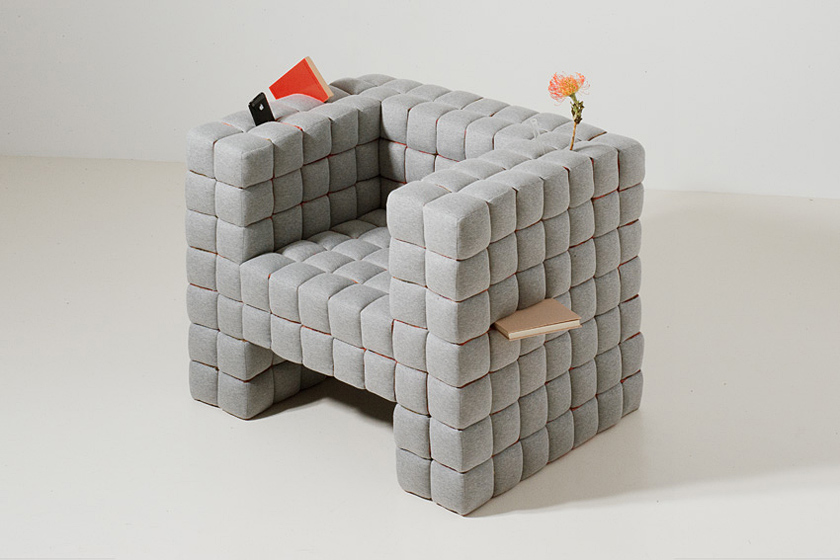 Lost in Sofa Grey Design