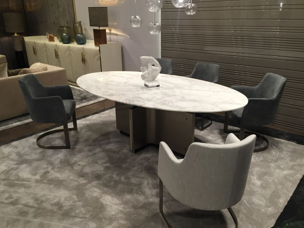 View In Gallery Consider An Oval Dining Table For A Decor That Also  Includes Clean Geometric Patterns View In Gallery ...