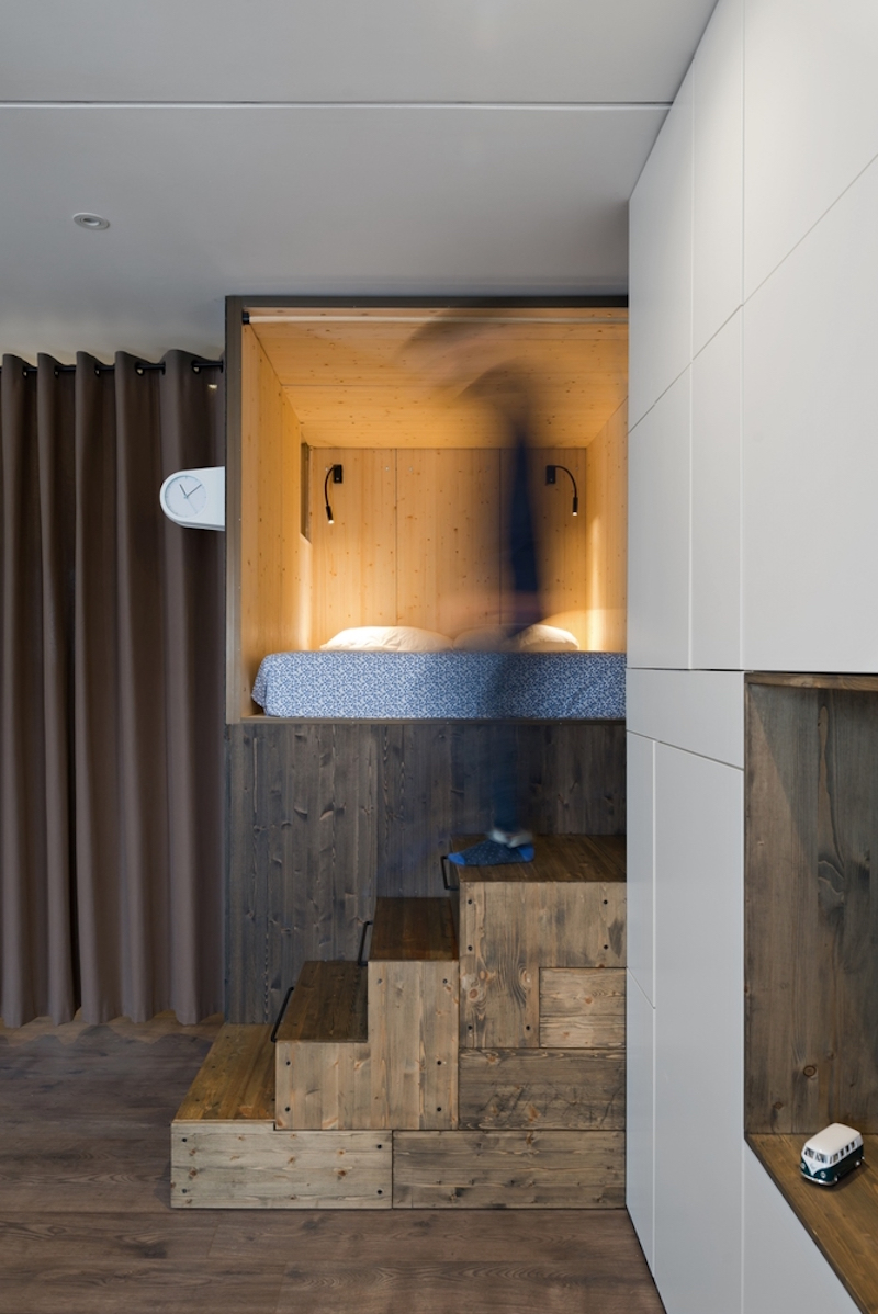 Small Moscow flat wooden stairs