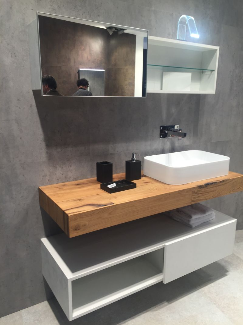 Bathroom Shelf Designs And Ideas That Support Openness