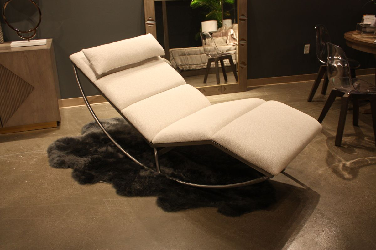 Steel frame lounge chair