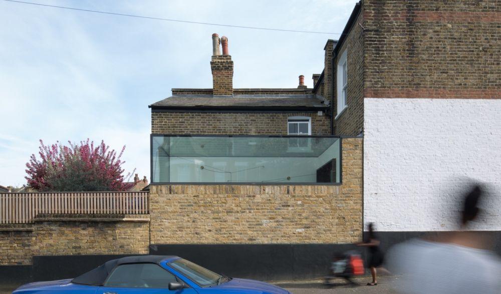 The Glass Box in London Design