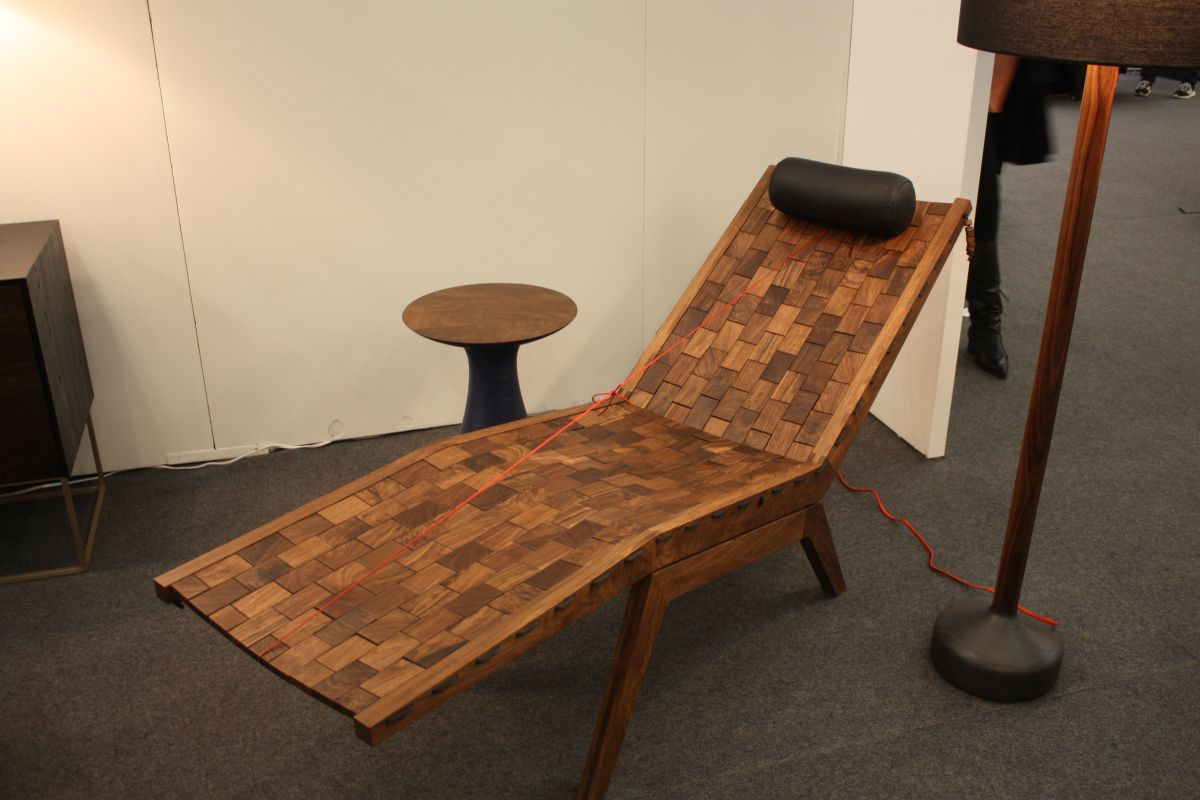 Wood Lounge Chair Design