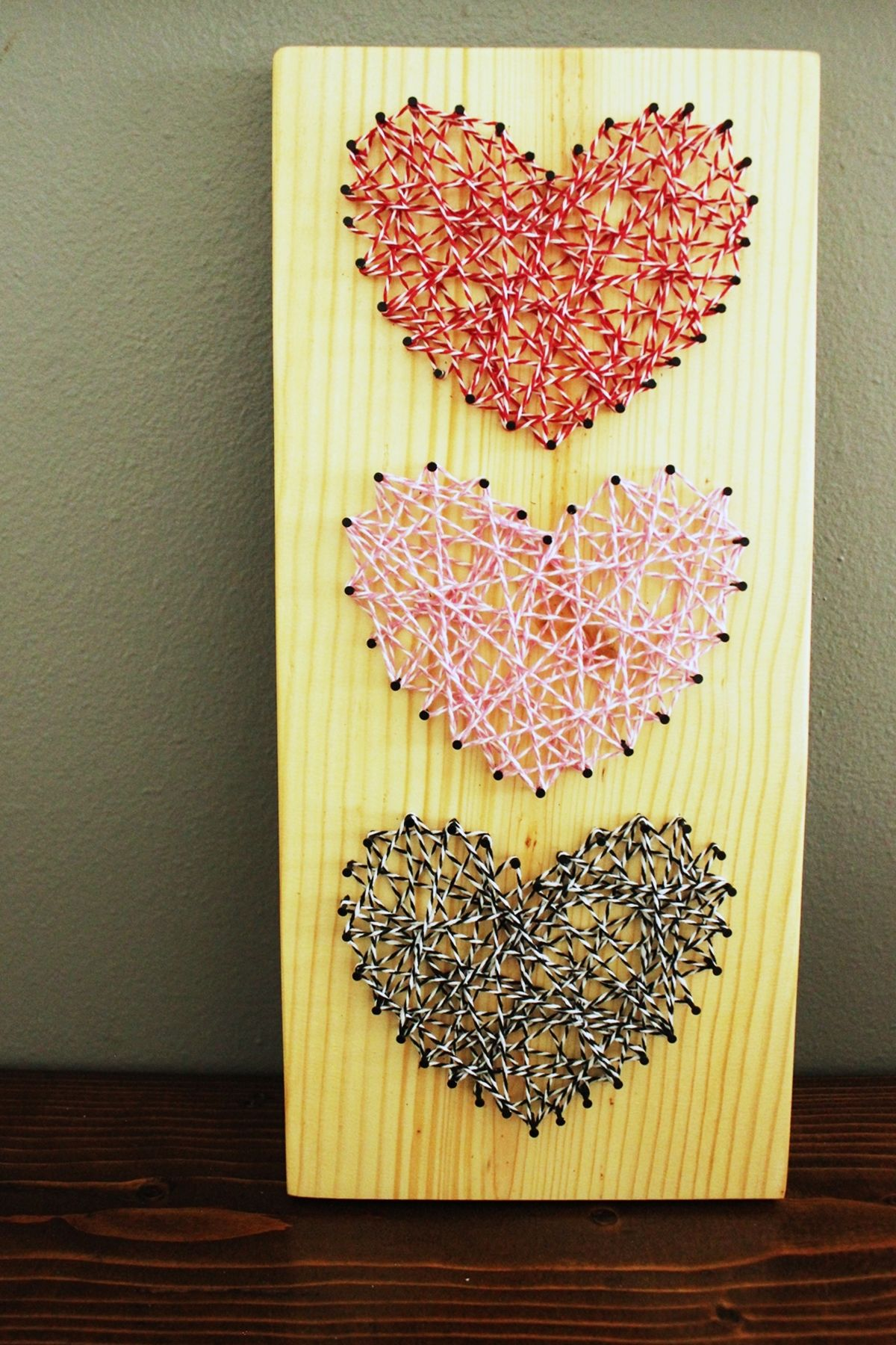DIY Baker\'s Twine Heart String Art