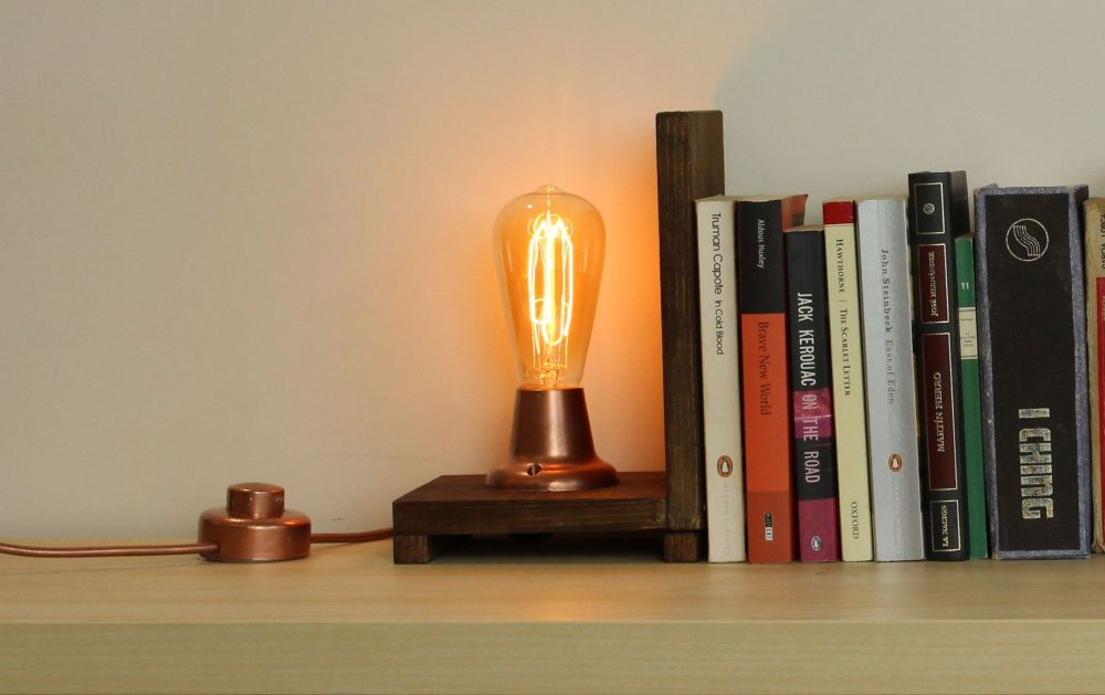 Make Your Own Vintage Edison Bookends Lamp