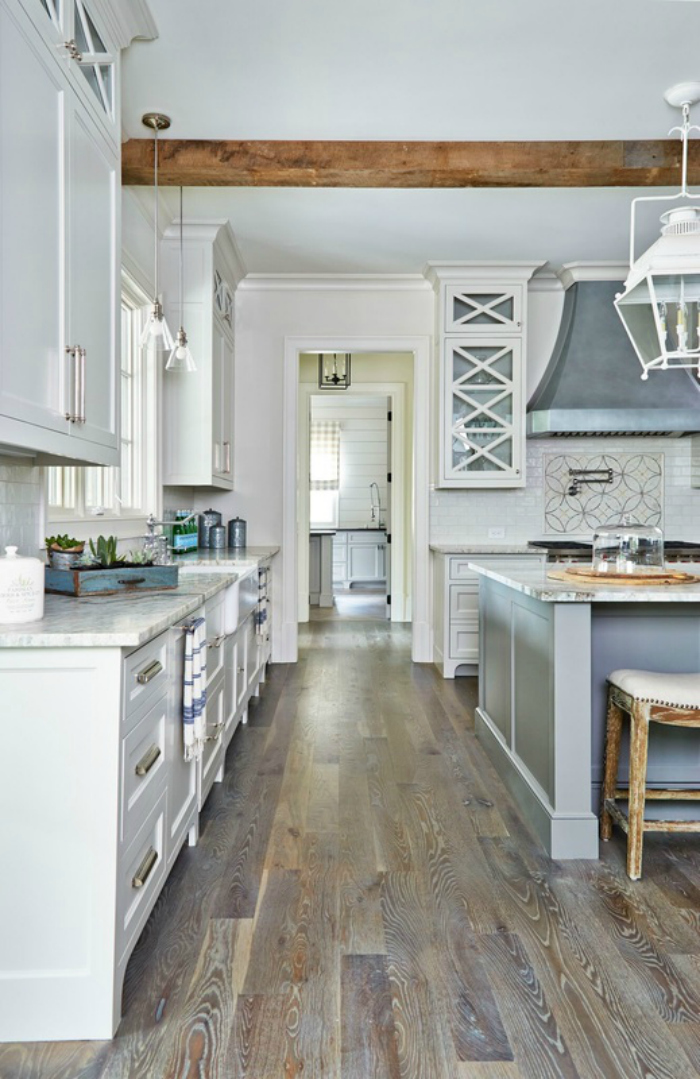 10 best floorings for your rustic kitchen for Wood floors in kitchen