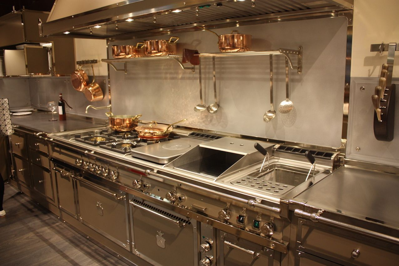 Bon View In Gallery Ultra Luxe Kitchens From Gullo Feature Stainless Steel ...