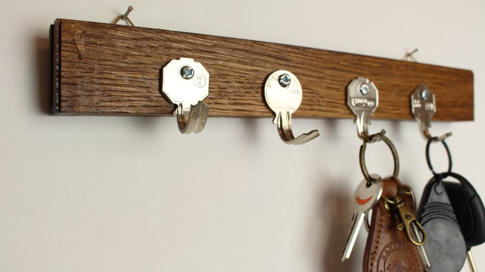 Coat rack and key holder from old keys