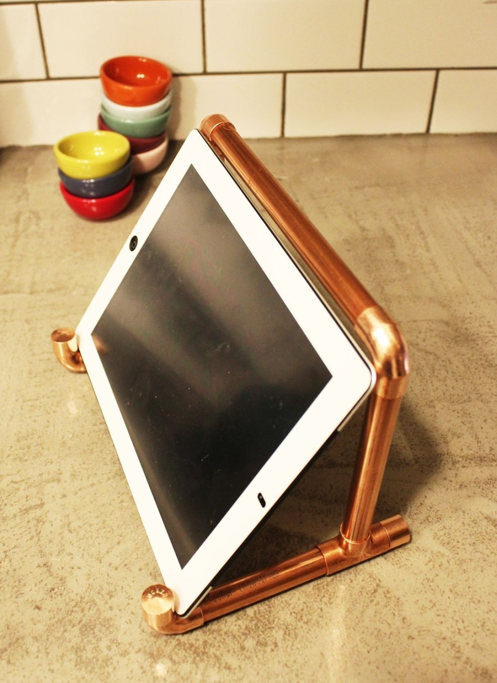 diy copper pipe ipad stand. Black Bedroom Furniture Sets. Home Design Ideas