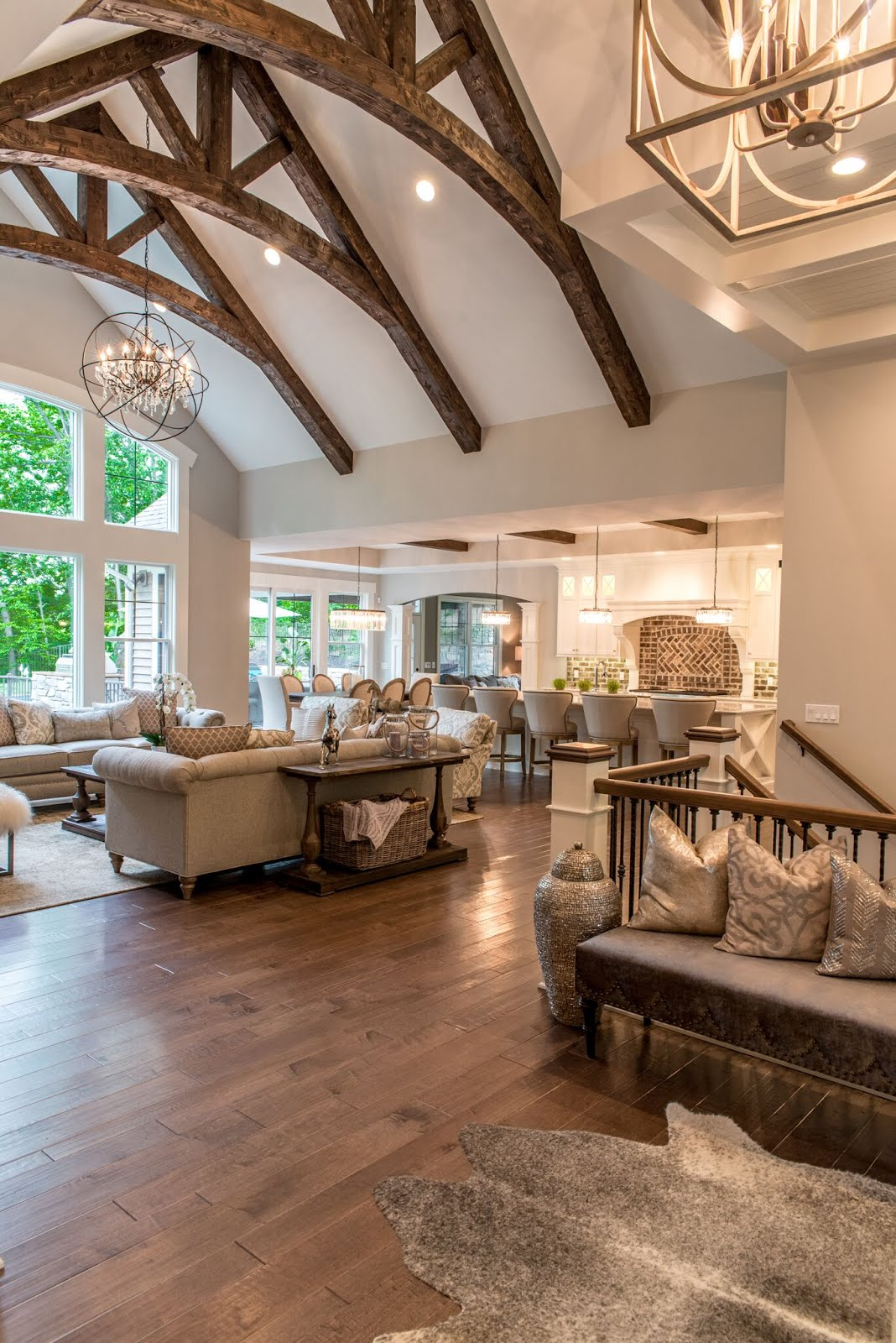 10 reasons to love your vaulted ceiling for Beautiful home decor ideas