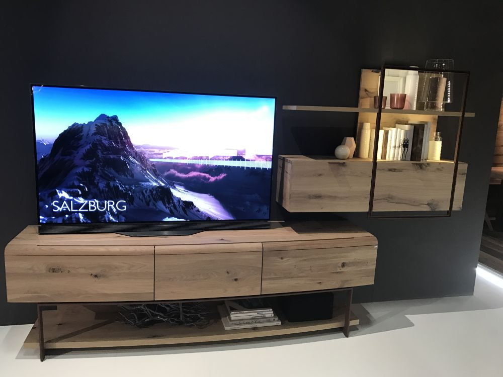 Wood tv media stand for living room on a small apartment - Home Decorating Trends - Homedit