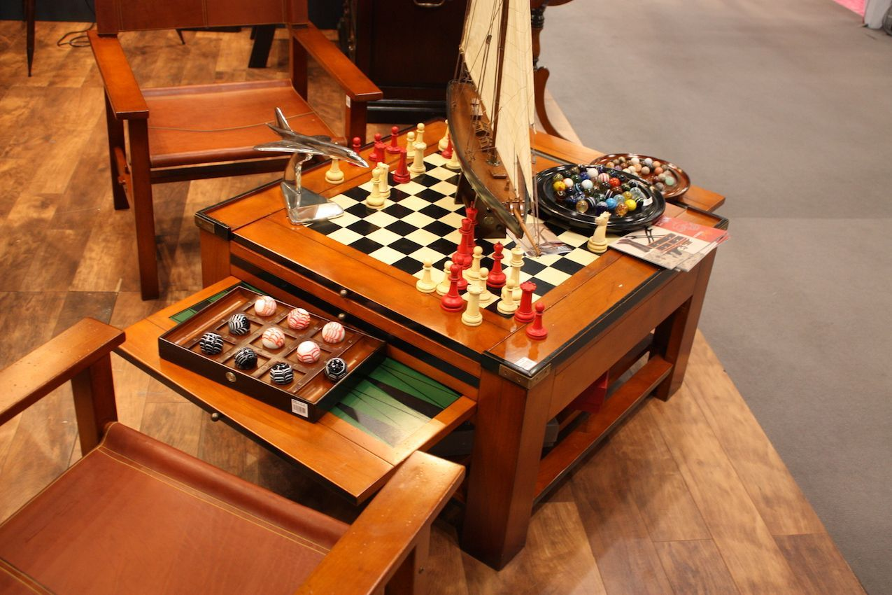 authentic models game table