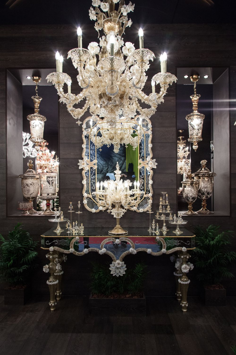 Intricate and dramatic chandelier designs and their history view in gallery arubaitofo Gallery