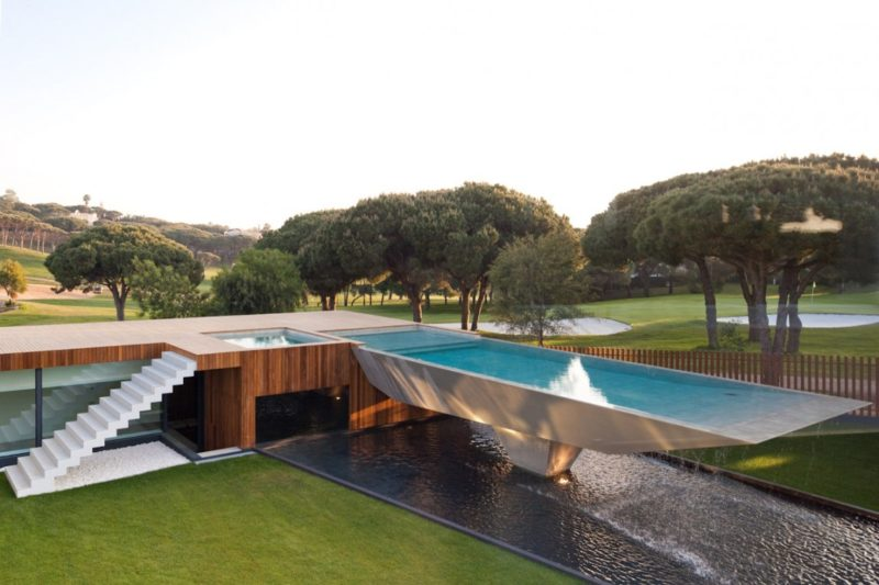 Cantilevered Pool Designs Do The Views Justice In Extraordinary Ways