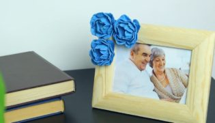 Jazz Up A Plain Picture Frame With Egg Box Flowers