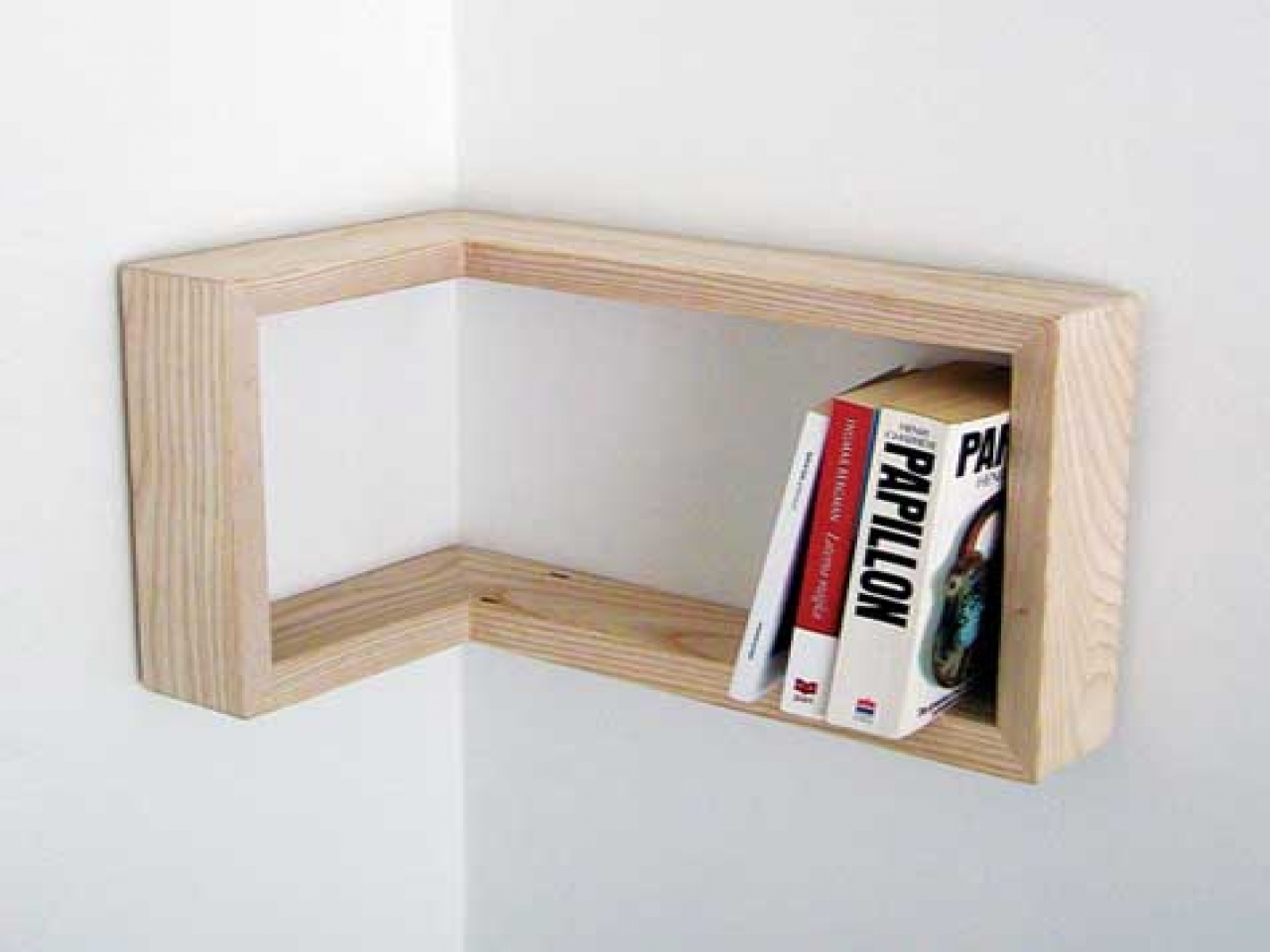 DIY double corner shelf - Home Decorating Trends - Homedit