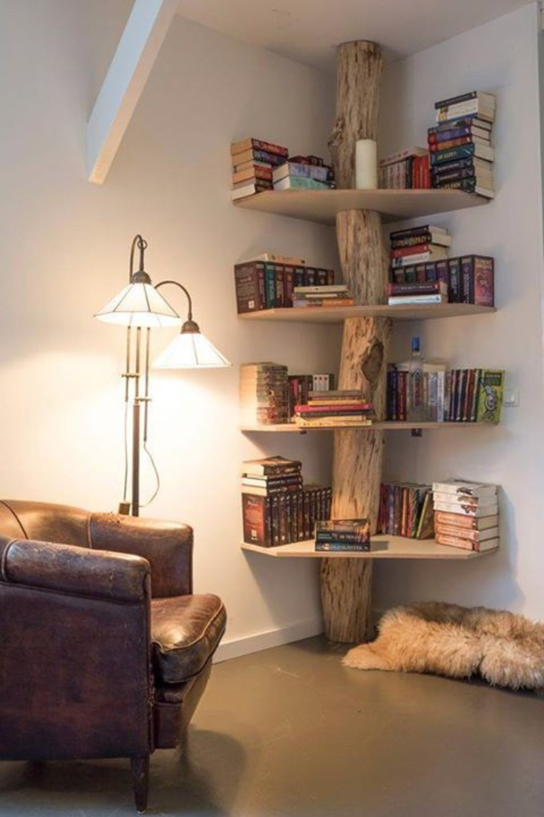 How To Decorate Corner Shelves 41 Ways to DIY Creative Corner Shelves 3