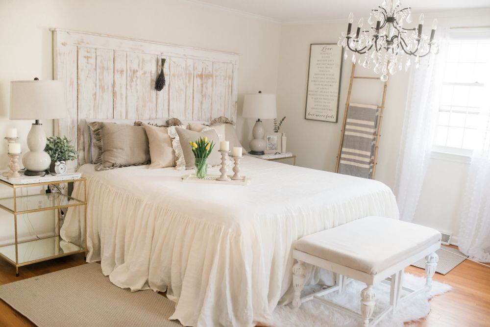 10 Tips for Creating The Most Relaxing French Country Bedroom Ever